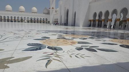 Sheikh Zayed Grand Mosque courtyard ornaments